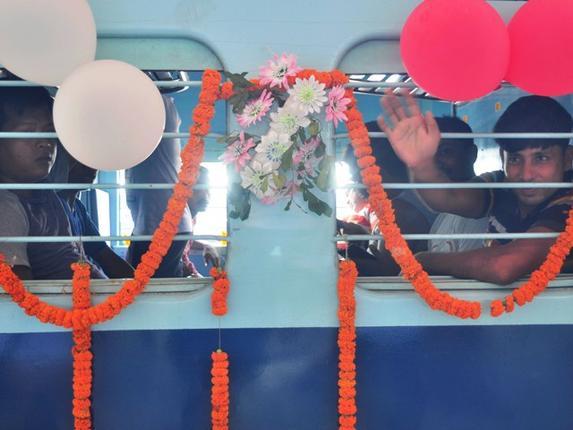 Suresh Prabhu flags off Delhi-Agartala Sundari Express