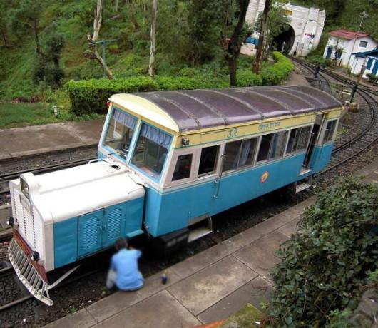 320 रुपये दें, लग्जरी ट्रेन से वादियों की सैर करें, शिमला तक जाएगी