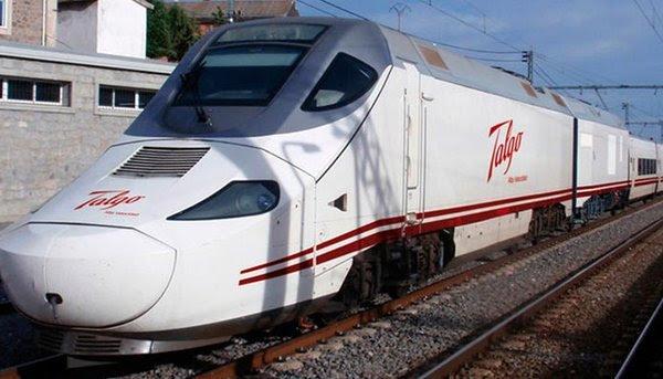 बरेली-मुरादाबाद रूट पर किया गया भारत की सुपरट्रेन टैल्गो का ट्रायल