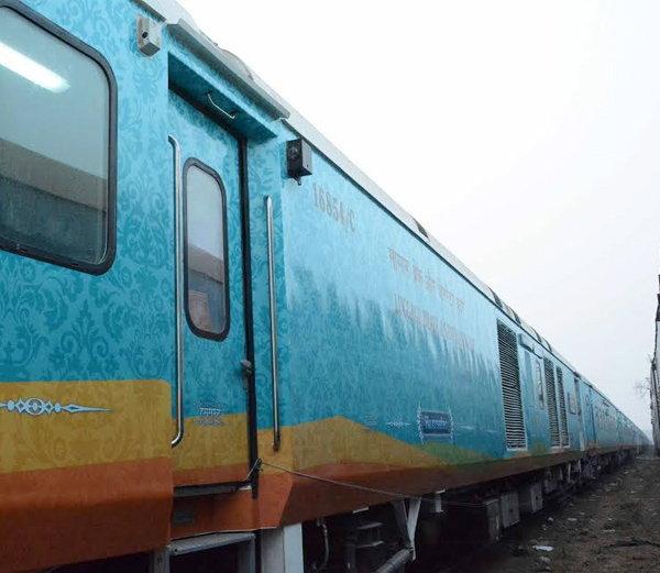 अटकलें खत्म: 18 दिसम्बर से गोरखपुर से चलेगी हमसफर ट्रेन