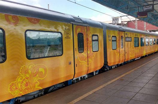 रेलवे ने तेजस के नए कोच उत्तर रेलवे की जगह दक्षिण रेलवे को अलॉट किये