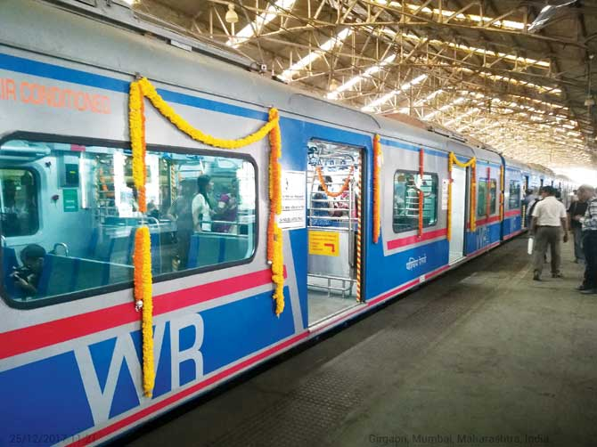 Mumbai to get AC suburban trains on New Year