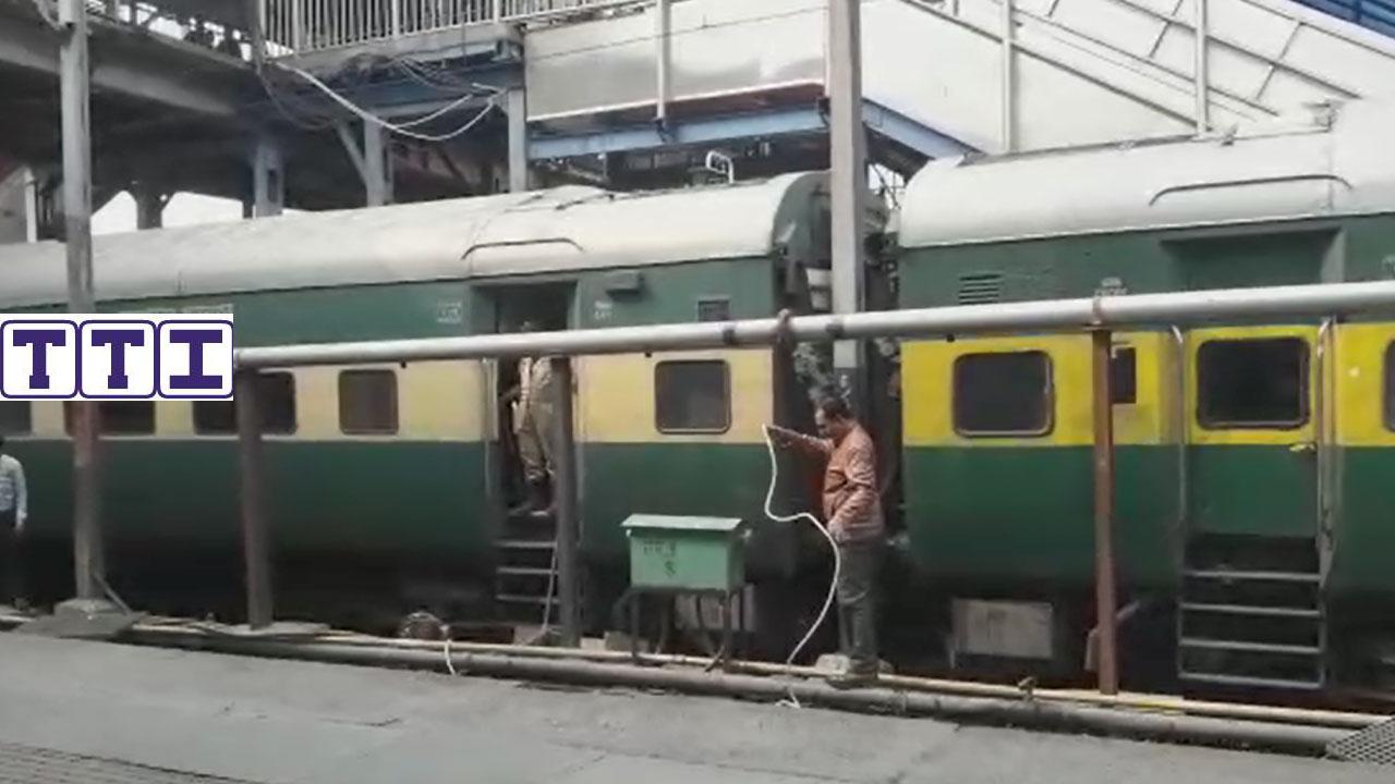 Amritsar - Saharsa Garib Rath Express