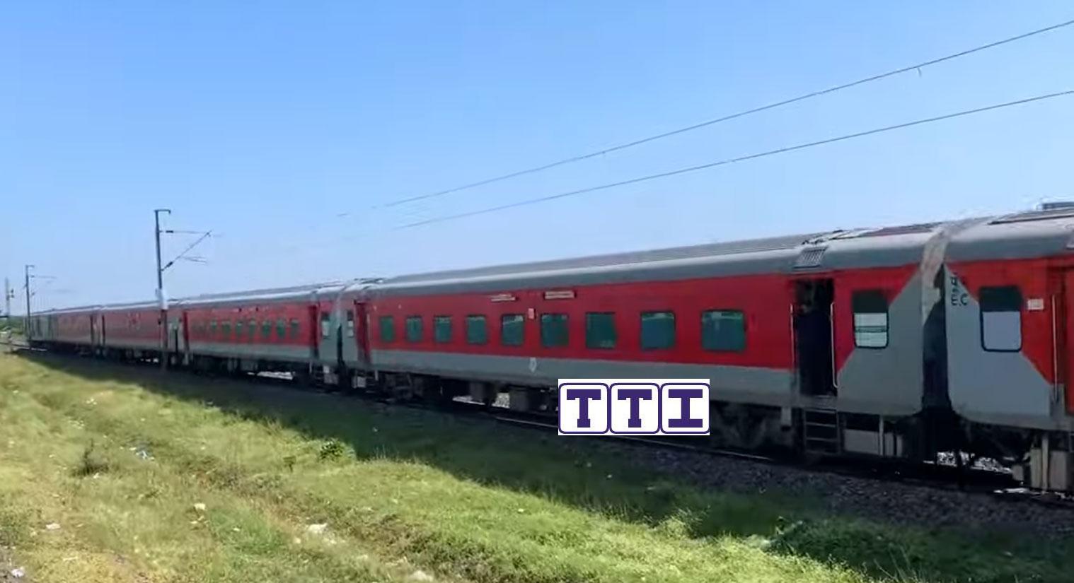 Patliputra - Yesvantpur SF Express