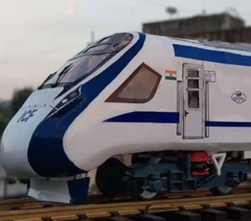 Varanasi - New Delhi Vande Bharat Express